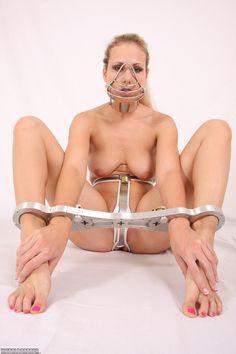 metall bondage