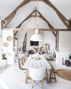 Everything you need to know about Scandinavian design! - Interior design inspiration and ideas Are you looking for house decor inspiration and interior desi - Home Decor Inspiration, Interior, Modern House Design, Modern House, House Styles, Home Decor, House Interior, Home Interior Design, Interior Design