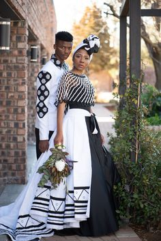 African Wedding Attire, African Attire, African Fashion Dresses, African Dress, Fashion Outfits, African Traditional Wedding Dress, African Fashion Traditional, Traditional Outfits, Couple Noir