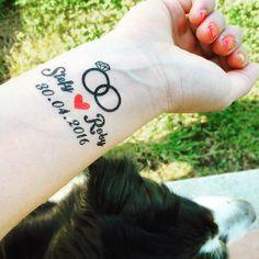 Couple Tattoos Sayings, Best Couple Tattoos, Trendy Tattoos, Love Tattoos, Ehe Tattoo, Wedding Date Tattoos, Raiders Tattoos, Tattoo Casal, Marriage Tattoos