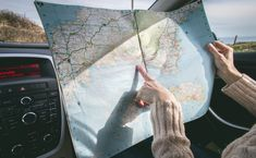 Califica post Leí por ahí una gran verdad: para organizar un viaje no se necesita una fecha concreta 📅. Así, tal cual. Por esta razón y aprovechando el confinamiento voluntario u obligatorio, creemos que es hora en pensar en el próximo viaje que haremos una vez que superemos la pandemia. En este contexto, no necesariamente … La entrada Los viajes imprescindibles que deberíamos hacer alguna vez en la vida ✈️ se publicó primero en A pata pelada. International Drivers Licence, International Driving Permit, San Salvador, Ferrari Land, New Year Captions, Road Trip Quotes, Forsyth Park, Sister Cities, Best Travel Quotes