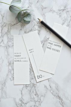 how to achieve your goals plus free printab;e bookmarks   your DIY family #freeprintables #bookmark #printablebookmark #goals