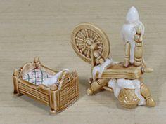 Vintage Miniature Mini Arcadia Bassinet Spinning Wheel Salt Pepper Shakers | eBay