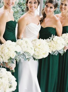 Unique Wedding Bouquet Ideas. To see more: http://www.modwedding.com/2014/04/01/unique-wedding-bouquet-ideas/ #wedding #weddings #bouquet Photo: Virgil Bunao Fine Arts Photography
