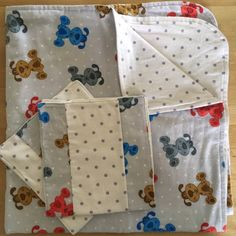 Puppies baby blanket and burp cloth set