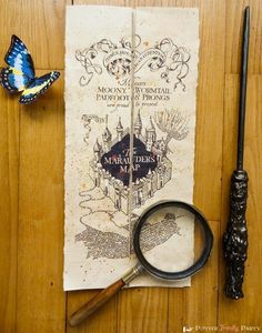 The tutorial is in French, but Google's translation is good enough that you should be able to figure it out. Download the printable and learn how to tape it together at Potter Frenchy Party.