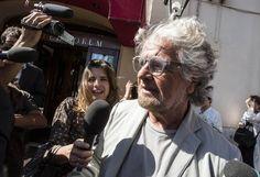 """Quello che proprio non si capisce è questa procedura comportamentale, non solo di Beppe Grillo, ma di tutti i piccoli e grandi """"grillini"""", ovunque sparsi nella penisola."""