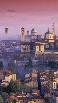 1000 images about lombardia lombardy lombard a for Bergamo toons