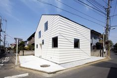 "House In Saitama by Satoru Hirota Architects ""Location: Saitama, Japan"" 2010"