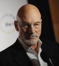 """Writing for the New Statesman, Sir Patrick Stewart explains why, when it comes to domestic violence, there's no such thing as """"just a domestic"""". Bald Men With Beards, Bald With Beard, Bald Man, Grey Beards, Moustaches, Bald Men Style, Bald Look, Patrick Stewart, Actrices Hollywood"""