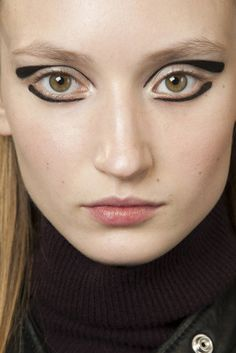 Beauty Look AW 2015 2016  CADRE rochas