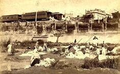 1890's Buenos Aires. Lavanderas en el Bajo, ferrocarril al fondo