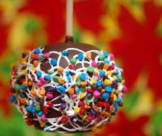 CHOCOLATE DIPPED APPLE WITH RAINBOW CHIPS