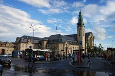 Discover the world through photos. Luxembourg, Places To Go, Street View, Mountains, Landscape, World, Buildings, Travel, Beautiful