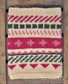 Henni neuloi jämälangoista kaulurin, johon inspiraatio tuli Muita ihania -blogin Tiinan upeista pitkistä kirjoneulekaulahuiveista... Crochet Chart, Knit Crochet, Cecile, Neck Warmer, Henna, Wraps, Blanket, Knitting, Cowls