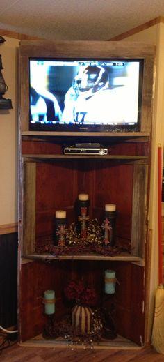 Old doors : corner cabinet tv stand