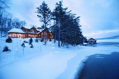 hirsh log homes Cabin In The Woods, Cottage Exterior, Timber House, Ski Chalet, Red Cedar, Whistler, Log Homes, Custom Homes, Scandinavian