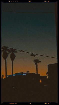 Badass Aesthetic, Aesthetic Movies, Night Aesthetic, City Aesthetic, Aesthetic Videos, Aesthetic Grunge, Aesthetic Pictures, Mood Instagram, Instagram Music