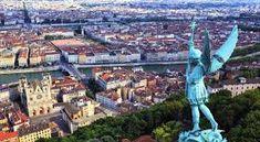 Image associée Monuments, Lyon 2, Le Beaujolais, Belle Villa, Rhone, France, Paris Skyline, City Photo, Transport