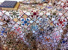 Tazzie Quilts, absolutely stunning Oh My Gosh quilt!