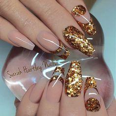 8 Beautiful Nail Art Designs for Short Nails – Tech the bite Elegant Nail Art, Elegant Nail Designs, Best Nail Art Designs, Beautiful Nail Designs, Beautiful Nail Art, Acrylic Nail Designs, Fabulous Nails, Gorgeous Nails, Pretty Nails