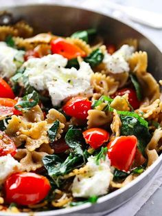 Whole Wheat Pasta with Tomato, Ricotta, and Spinach