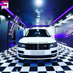 Great CP work by @ceramicpro_saudiarabia 🔝🔝 #ceramicpro #automotive #lifestyle #nanoceramic #paintprotection #nanocoating #paintcoating #ceramiccoating #detailing #saudiarabia #rangerover