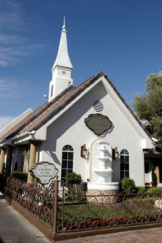 This is the Chapel where Richard and I got married, in Las Vegas.