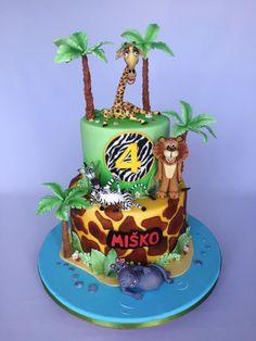 Madagascar cake by Layla A