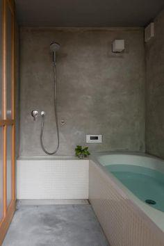 奈坪の家 / House in Natsubo: 水野純也建築設計事務所が手掛けた洗面所/お風呂/トイレです。