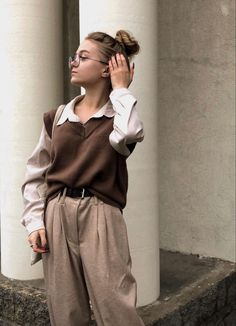 Cold Weather Fashion, Pop Culture Halloween Costume, Girl Fashion, Womens Fashion, Aesthetic Fashion, Outfits For Teens, Light In The Dark, Normcore, Style Me