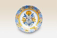 Habán Kerámia: Magyar Kerámia Manufaktúra - 100% kézi termék Art Decor, Home Decor, Decorative Plates, Arts And Crafts, Ceramics, Dining, Tableware, Kitchen, Blue And White