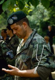 One of the Bosnian muslim soldiers that the Serbs fought against