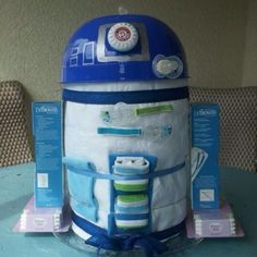 R2 D2 Diaper cake