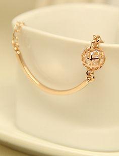 Gold Hollow Ball Bracelet EUR€5.67