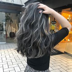 Best Picture For dark hair styles color For Your Taste You are looking for something, and it is goin Black Hair With Grey Highlights, Black And Grey Hair, Hair Color For Black Hair, Black Hair With Blonde Highlights, Charcoal Hair, Hair Streaks, Candy Hair, Brown Hair Balayage, Brunette Hair