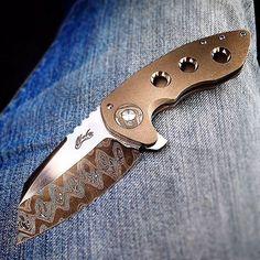 Capitalist. Maker - @howzithowzit Owner/photo - @bkdunn71 #grailknives #usnstagram #usnfollow #knifeporn #knife #naluknives #capitalist