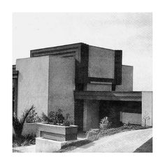 1920 The Schindlers move to Los Angeles for R. to oversee construction of the Aline Barnsdall House (Hollyhock) for Wright (Steele 1920s, Moving To Los Angeles, Mid Century Design, Willis Tower, Facade, Arch, Multi Story Building, Construction, Exterior