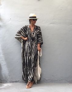 Dyed Stylish Kaftan Dress / Evening Dress, Cover Up, Boho Dress, Beach Vacation, Summer Dress Style Caftan, Caftan Dress, Beach Dresses, Nice Dresses, Summer Dresses, Dress Beach, Boho Fashion, Fashion Tips, Fashion Quiz
