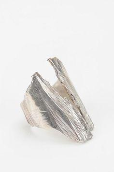 #Urban Outfitters         #ring                     #Macha #Scarp #Ring       Macha Scarp Ring                                    http://www.seapai.com/product.aspx?PID=1507769