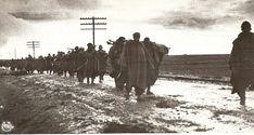 La Batalla por Madrid -Nov.1936 -Jul.1937   Mundo Historia Columna de prisioneros italianos tras la batalla de Guadalajara. Los prisioneros italianos mostraron a todo el mundo, sin lugar a dudas la flagrante intervención de una potencia extranjera en la guerra española.