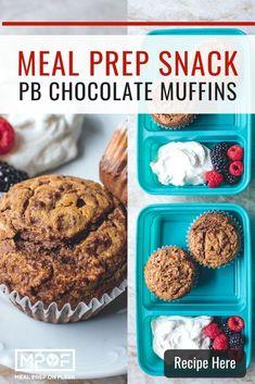 Peanut Butter Chocolate Muffins - Meal Prep on Fleek™ Vegan Breakfast Recipes, Snack Recipes, Breakfast Ideas, Keto Recipes, Healthy Recipes, Chocolate Peanut Butter, Chocolate Recipes, Simple Muffin Recipe, Low Calorie Snacks