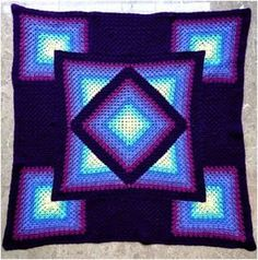 Amazing afghan crochet throw with free pattern below: More free crochet patterns? join our facebook group   Like our FanPage below – 1000 the best free crochet patterns. Free crochet pattern is here #CrochetAfghan