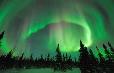 Auroras boreales crean paisajes únicos en Finlandia