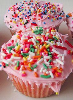 Skinny Strawberry cupcakes
