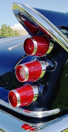 Fotografie von David E. Nelson - Classic Ca. Retro Cars, Vintage Cars, Automobile, American Classic Cars, Us Cars, Automotive Design, Tail Light, Car Detailing, Cadillac