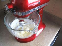 """How to make the best buttercream icing"""
