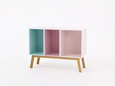 Sideboard - Designer Single shelves by ✓ Comprehensive product & design information ✓ Catalogs ➜ Get inspired now Office Furniture, Diy Furniture, Office Desk, Modern Furniture, Desk Shelves, Bookcase, Bedroom Bed, Kids Bedroom, Sofas
