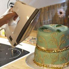 Tipps & Tricks: Glanz für Fondant und Blütenpaste durch Wasserdampf mit Dampfbügeleisen und Wasserkocher