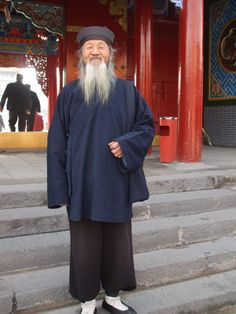 #CHINESE_NEW_YEAR Taoist monk - how they dress (1)